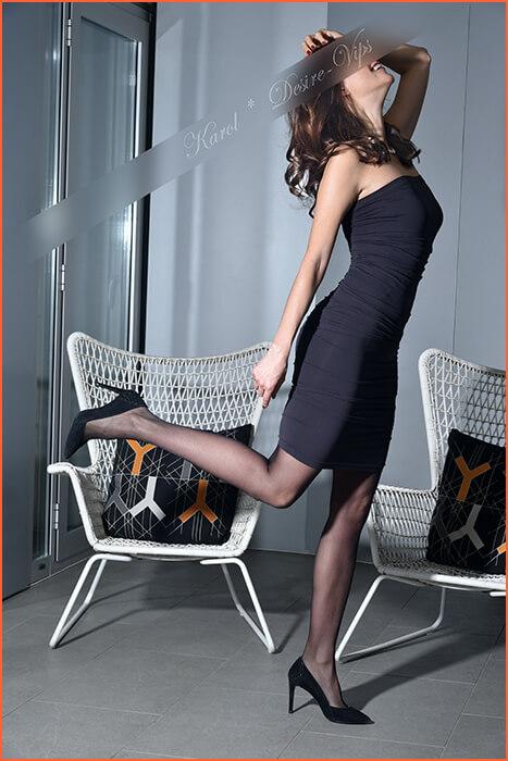 Karol høy og slank modell og eskorte.