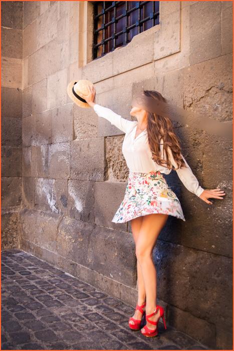 Eva eskolta Espainiako luxuzko.