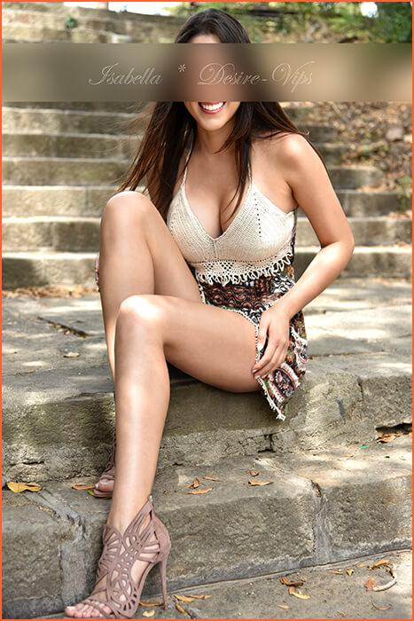 इतालवी इसाबेला लंबे पैरों का अनुरक्षण।