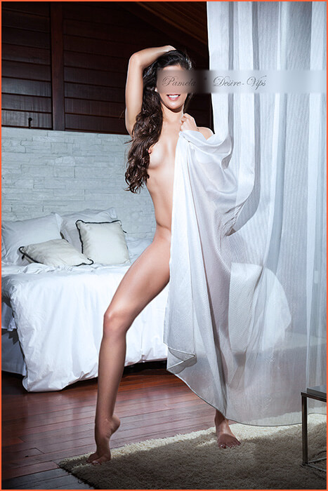 Pamela at escort modelo GFE.