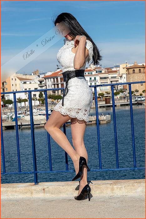 Acompañante de lujo española muy bonita